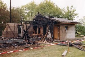 2000 | Henry-Hütte nach dem Brand Archiv: Ortsgemeinde Seelbach